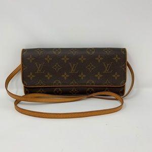 Authentic Louis Vuitton Twin Pochette